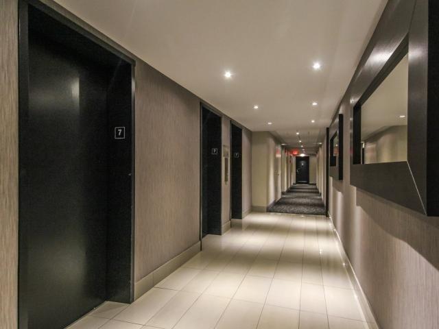 Condo Apartment at 1359 White Oaks Blvd, Unit 705, Oakville, Ontario. Image 15