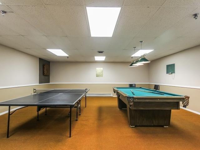Condo Apartment at 1359 White Oaks Blvd, Unit 705, Oakville, Ontario. Image 9