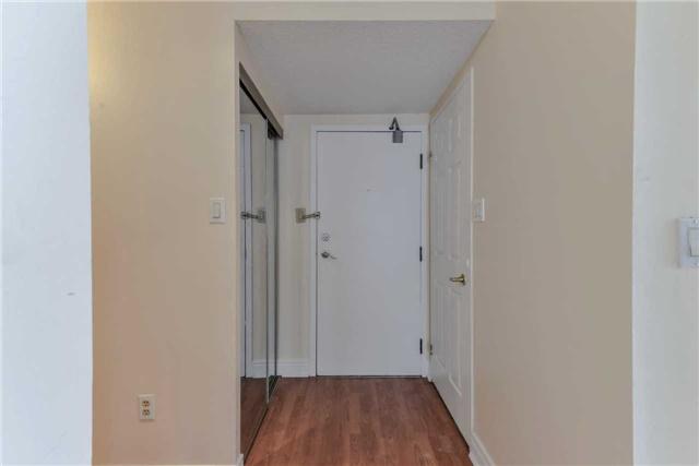 Condo Apartment at 21 Markbrook Lane, Unit 1102, Toronto, Ontario. Image 10