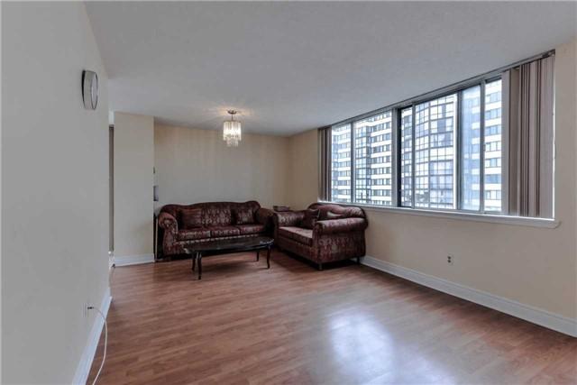 Condo Apartment at 21 Markbrook Lane, Unit 1102, Toronto, Ontario. Image 11