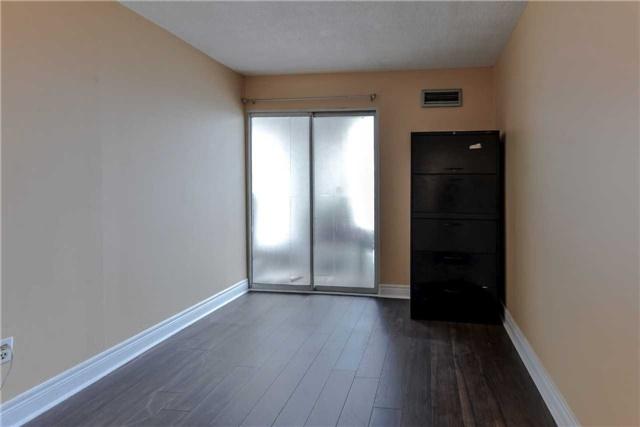 Condo Apartment at 21 Markbrook Lane, Unit 1102, Toronto, Ontario. Image 16
