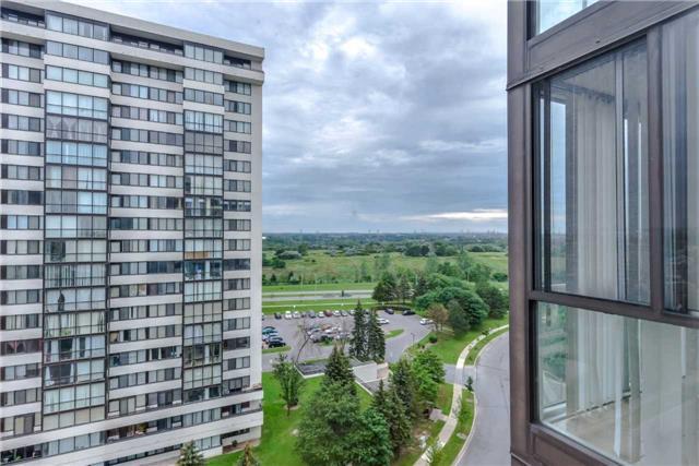 Condo Apartment at 21 Markbrook Lane, Unit 1102, Toronto, Ontario. Image 6