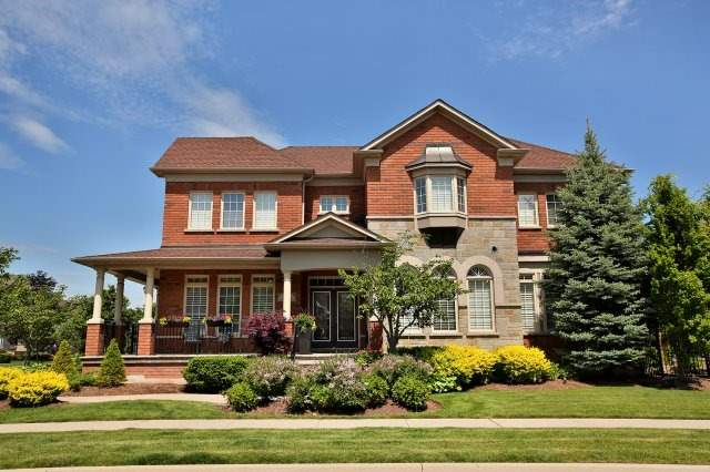Detached at 571 Golfview Crt, Oakville, Ontario. Image 1