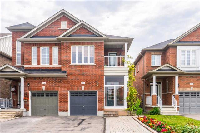 Semi-detached at 576 Coach Dr, Mississauga, Ontario. Image 1