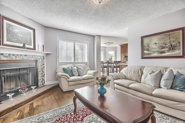 Detached at 9 Foxchase Dr, Caledon, Ontario. Image 19