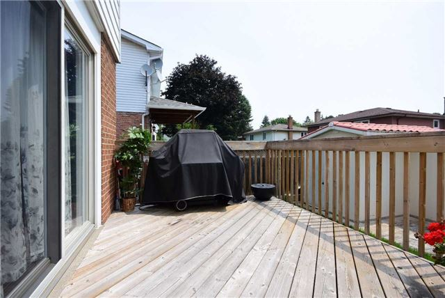 Detached at 280 Mcgill St, Mississauga, Ontario. Image 13
