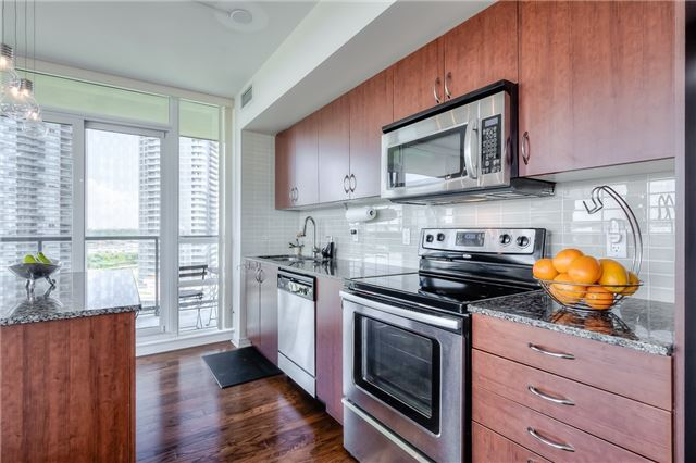 Condo Apartment at 15 Legion Rd, Unit 1704, Toronto, Ontario. Image 14