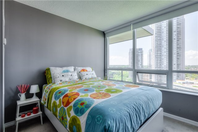 Condo Apartment at 15 Legion Rd, Unit 1704, Toronto, Ontario. Image 17