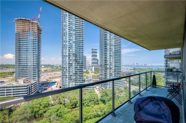 Condo Apartment at 15 Legion Rd, Unit 1704, Toronto, Ontario. Image 2