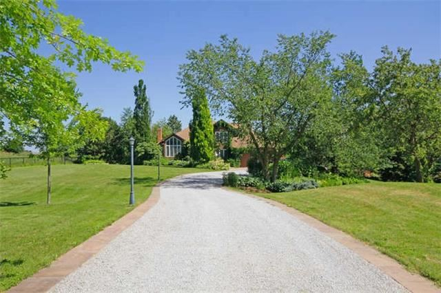 Detached at 4811 Old School Rd, Caledon, Ontario. Image 12