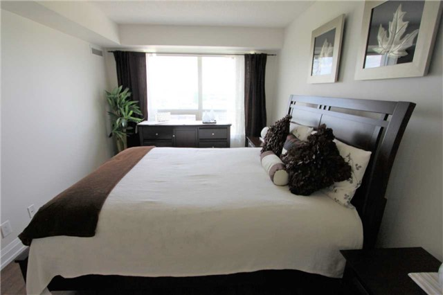 Condo Apartment at 55 De Boers Dr, Unit 710, Toronto, Ontario. Image 5