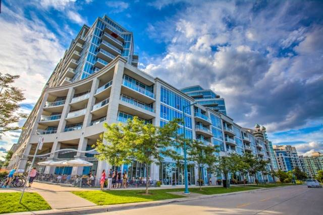 Condo Apartment at 58 Marine Parade Dr, Unit 903, Toronto, Ontario. Image 1
