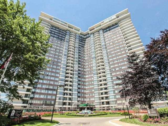 Condo Apartment at 1333 Bloor St, Unit 2211, Mississauga, Ontario. Image 1
