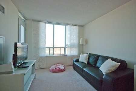 Condo Apartment at 335 Rathburn Rd W, Unit 1001, Mississauga, Ontario. Image 4