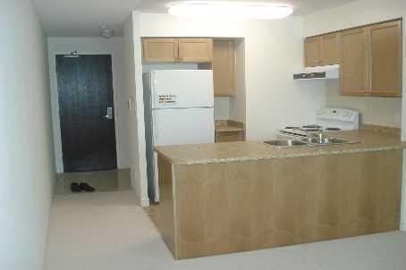 Condo Apartment at 335 Rathburn Rd W, Unit 1001, Mississauga, Ontario. Image 6