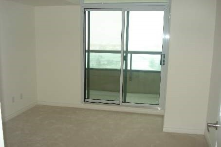 Condo Apartment at 335 Rathburn Rd W, Unit 1001, Mississauga, Ontario. Image 7