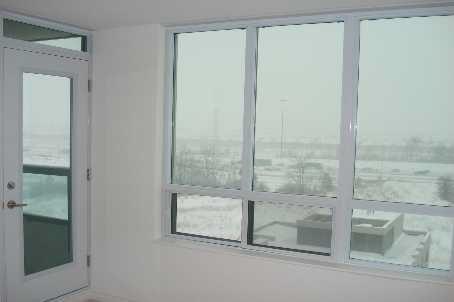 Condo Apartment at 335 Rathburn Rd W, Unit 1001, Mississauga, Ontario. Image 8