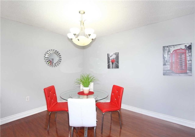 Condo Apartment at 17 Knightsbridge Rd, Unit 1604, Brampton, Ontario. Image 13