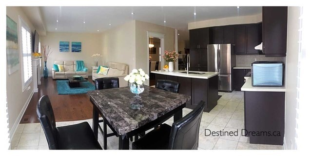 Detached at 85 Birch Tree Tr, Brampton, Ontario. Image 12