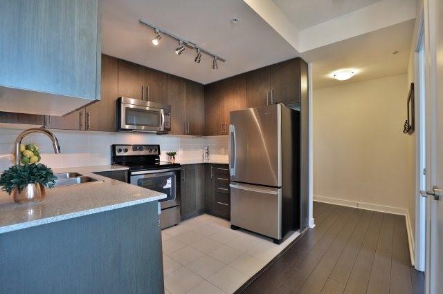 Condo Apartment at 3985 Grand Park Dr, Unit 610, Mississauga, Ontario. Image 17