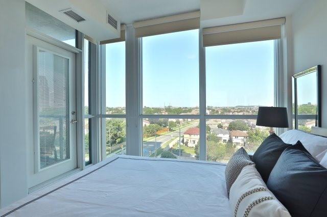 Condo Apartment at 3985 Grand Park Dr, Unit 610, Mississauga, Ontario. Image 4