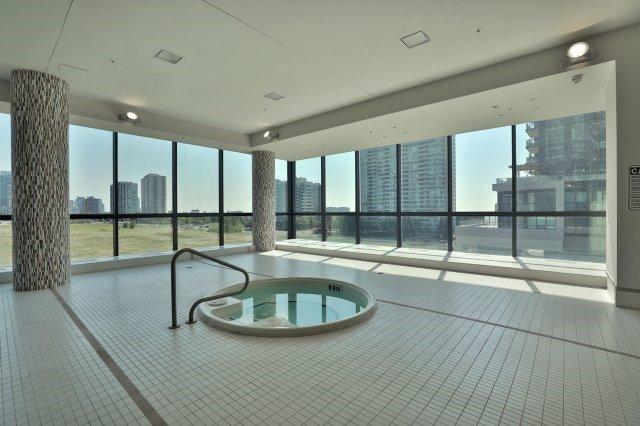 Condo Apartment at 3985 Grand Park Dr, Unit 610, Mississauga, Ontario. Image 9