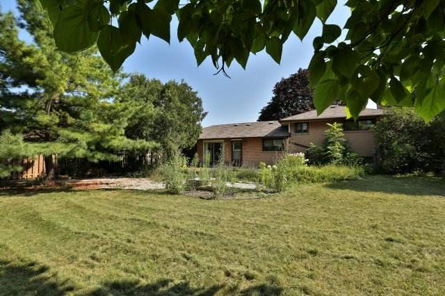 Detached at 392 Tennyson Dr, Oakville, Ontario. Image 7