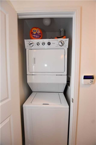 Condo Apartment at 60 Absolute Ave, Unit 1004, Mississauga, Ontario. Image 7