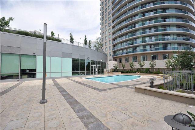 Condo Apartment at 60 Absolute Ave, Unit 1004, Mississauga, Ontario. Image 11