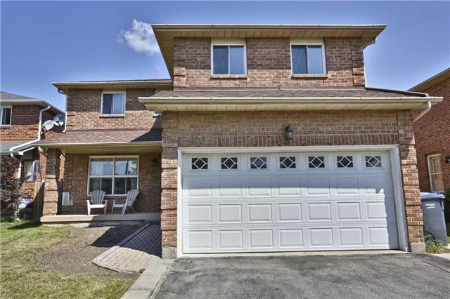 Detached at 3 Berwick Ave, Brampton, Ontario. Image 1