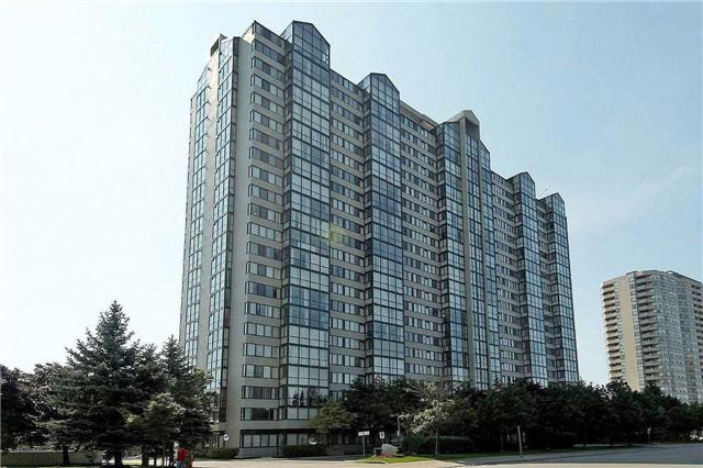 Condo Apartment at 350 Webb Dr, Unit 1705, Mississauga, Ontario. Image 1