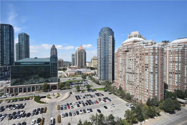 Condo Apartment at 350 Webb Dr, Unit 1705, Mississauga, Ontario. Image 2