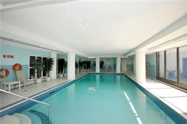 Condo Apartment at 350 Webb Dr, Unit 1705, Mississauga, Ontario. Image 10