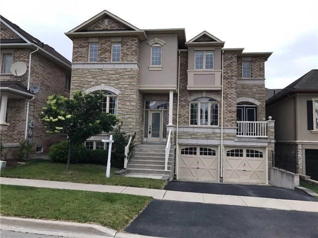 Detached at 2205 Blackbird Crt, Oakville, Ontario. Image 1