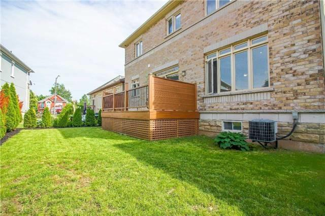 Detached at 2205 Blackbird Crt, Oakville, Ontario. Image 13