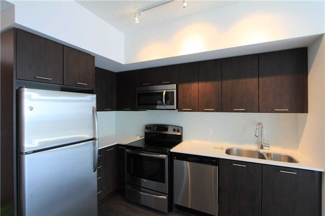 Condo Apartment at 2200 Lake Shore Blvd W, Unit 4103, Toronto, Ontario. Image 8