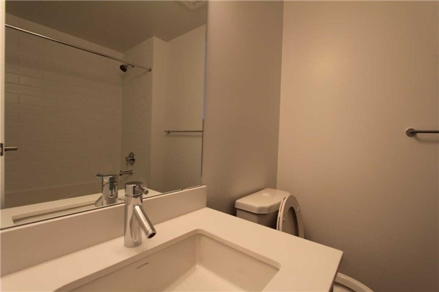Condo Apartment at 2200 Lake Shore Blvd W, Unit 4103, Toronto, Ontario. Image 13