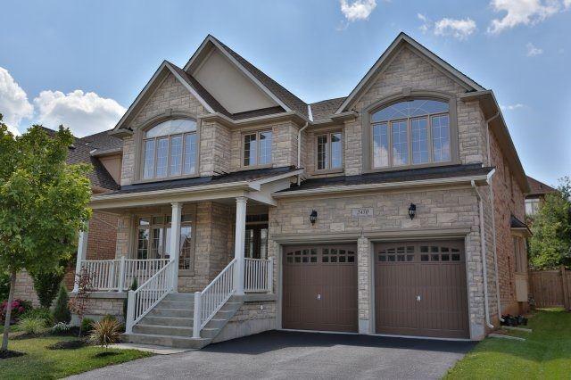 Detached at 2450 Taylorwood Dr, Oakville, Ontario. Image 1