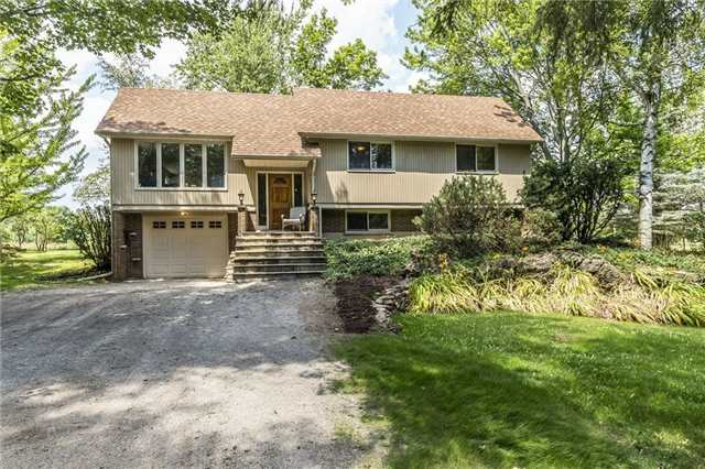 Detached at 2455 Conservation Rd, Milton, Ontario. Image 1