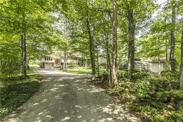 Detached at 2455 Conservation Rd, Milton, Ontario. Image 14