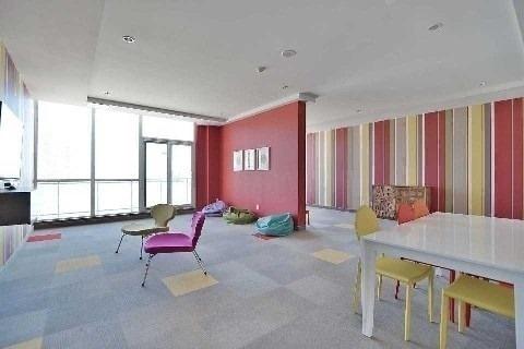 Condo Apartment at 4070 Confederation Pkwy, Unit 3703, Mississauga, Ontario. Image 9