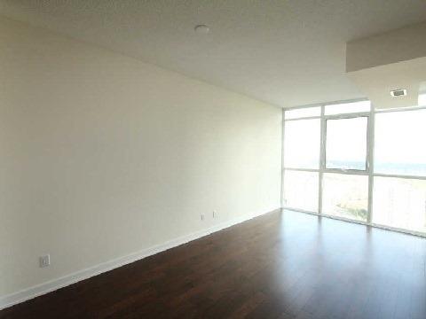 Condo Apartment at 4070 Confederation Pkwy, Unit 3703, Mississauga, Ontario. Image 12
