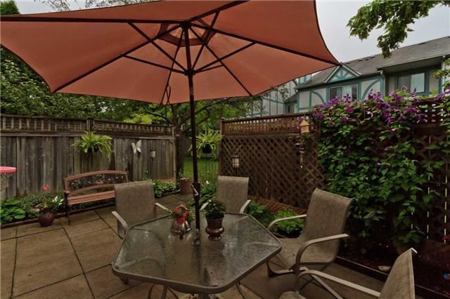 Condo Townhouse at 3050 Orleans Rd, Unit 116, Mississauga, Ontario. Image 9