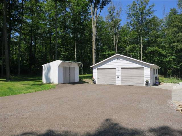 Detached at 6495 17 Sdrd, Halton Hills, Ontario. Image 15