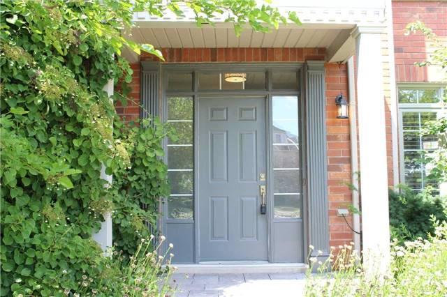 Townhouse at 201 Glenashton Dr, Oakville, Ontario. Image 1
