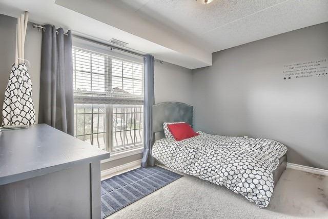 Condo Apartment at 1370 Main St E, Unit 211, Milton, Ontario. Image 11