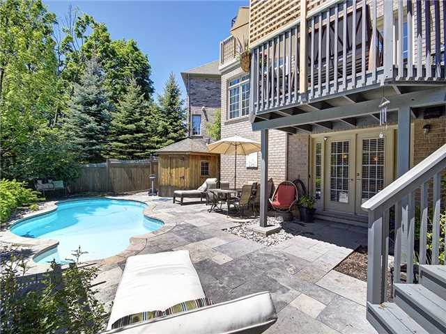 Detached at 2532 Ridgeside Lane, Oakville, Ontario. Image 13