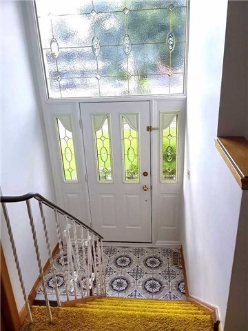 Semi-detached at 3359 Homark Dr, Mississauga, Ontario. Image 12