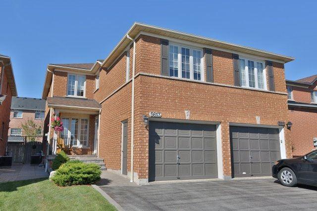 Semi-detached at 5613 Palmerston Cres, Mississauga, Ontario. Image 12
