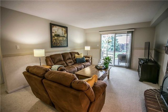 Semi-detached at 6266 Atherly Cres, Mississauga, Ontario. Image 6